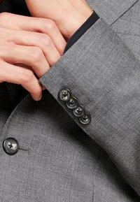 Tommy Hilfiger Tailored - SLIM FIT SUIT - Oblek - grey - 10