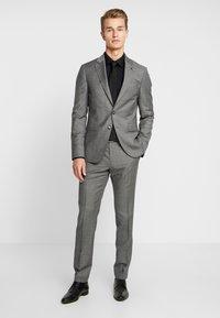 Tommy Hilfiger Tailored - SLIM FIT SUIT - Oblek - grey - 0