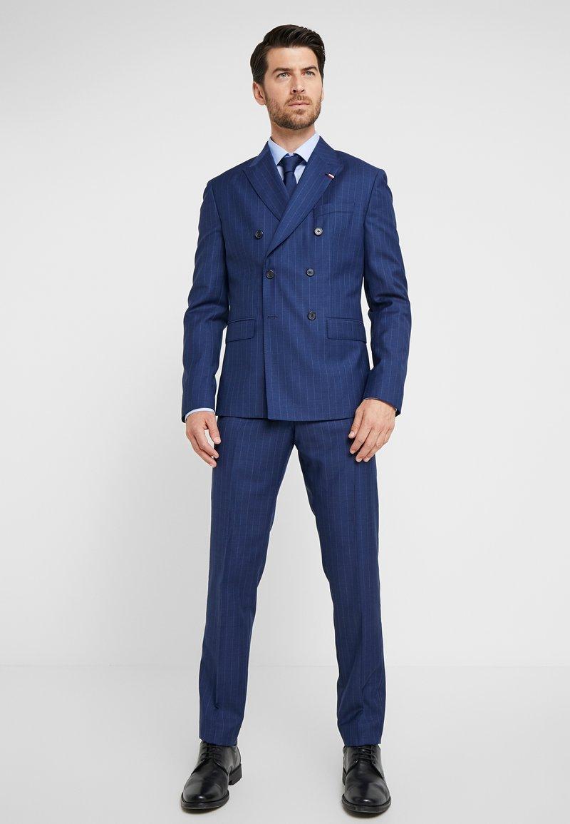 Tommy Hilfiger Tailored - BLEND STRIPE SLIM FIT SUIT - Suit - blue