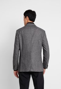 Tommy Hilfiger Tailored - BLEND REGULAR BLAZER - Suit jacket - grey - 2