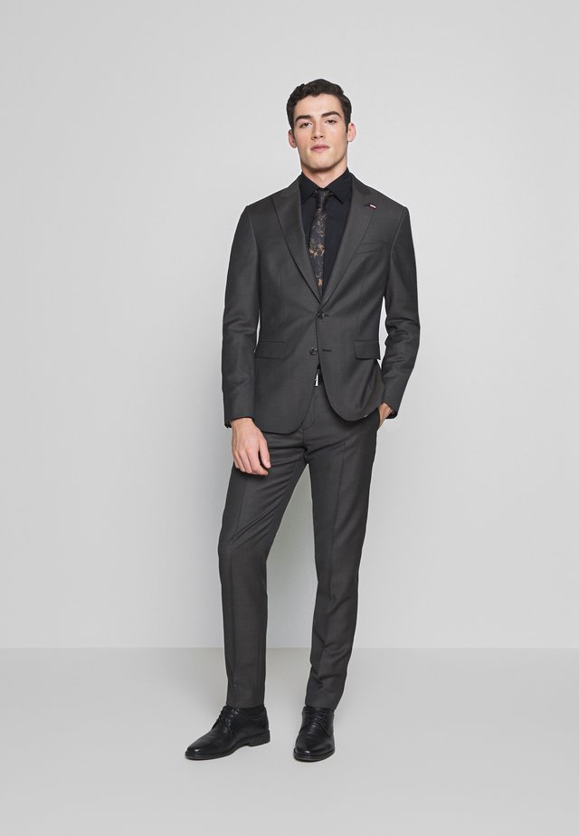 SLIM FIT PEAK LAPEL SUIT - Kostym - grey