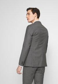 Tommy Hilfiger Tailored - SUIT SLIM FIT - Garnitur - grey - 3
