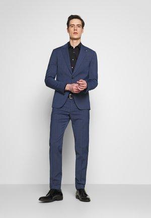 SLIM FIT PEAK LAPEL SUIT - Dress - blue