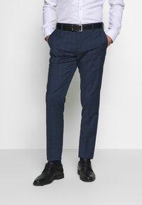 Tommy Hilfiger Tailored - PEAK LAPEL CHECK SUIT SLIM FIT - Garnitur - blue - 2