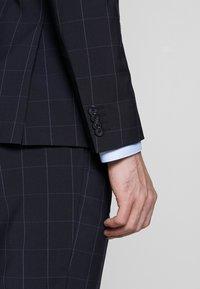 Tommy Hilfiger Tailored - SLIM FIT CHECK SUIT - Garnitur - blue - 9