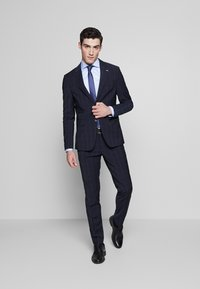 Tommy Hilfiger Tailored - SLIM FIT CHECK SUIT - Garnitur - blue - 1