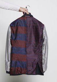 Tommy Hilfiger Tailored - SLIM FIT CHECK SUIT - Garnitur - blue - 11
