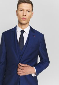 Tommy Hilfiger Tailored - PIECE WOOL BLEND SLIM SUIT - Costume - blue - 8