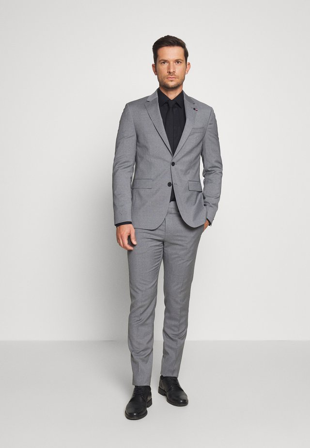 MICRO STRIPE SLIM FIT SUIT SET - Completo - grey