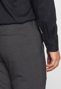 Tommy Hilfiger Tailored - SLIM FIT SUIT - Oblek - grey - 7