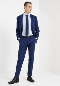 Tommy Hilfiger Tailored - CLASSIC REGULAR FIT - Formální košile - blue - 1