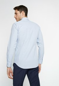 Tommy Hilfiger Tailored - CLASSIC SLIM FIT - Camisa - blue - 2