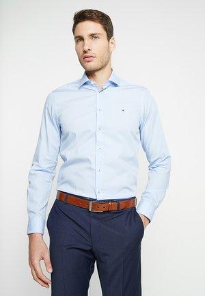 POPLIN CLASSIC SLIM FIT - Zakelijk overhemd - blue