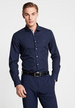 POPLIN CLASSIC SLIM FIT - Formal shirt - blue