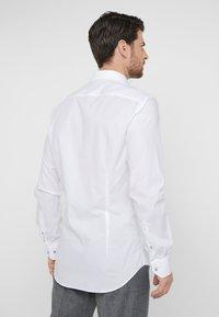 Tommy Hilfiger Tailored - STRETCH CLASSIC SLIM SHIRT - Kostymskjorta - white - 2
