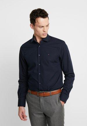 POPLIN CLASSIC SLIM SHIRT - Formal shirt - blue