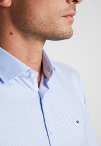 Tommy Hilfiger Tailored - CLASSIC SLIM SHIRT - Camicia elegante - blue - 4