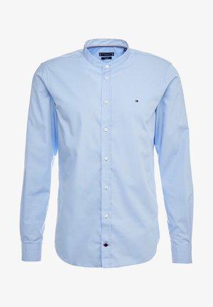 POPLIN BAND COLLAR SLIM  FIT - Shirt - blue