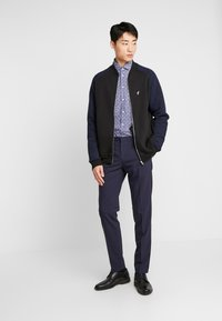Tommy Hilfiger Tailored - FLORAL PRINT CLASSIC SLIM FIT - Overhemd - blue - 1