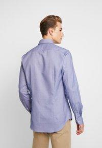 Tommy Hilfiger Tailored - DOBBY SLIM FIT  - Formální košile - blue - 2