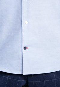 Tommy Hilfiger Tailored - DOBBY CLASSIC SLIM FIT  - Formální košile - blue - 5