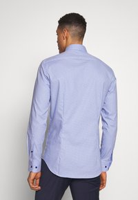 Tommy Hilfiger Tailored - HOUNDSTOOTH CLASSIC SLIM  - Formal shirt - blue - 2