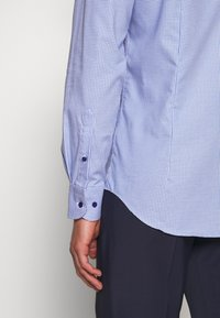 Tommy Hilfiger Tailored - HOUNDSTOOTH CLASSIC SLIM  - Formal shirt - blue - 3