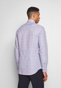 Tommy Hilfiger Tailored - FLORAL CLASSIC SLIM SHIRT - Camicia elegante - blue - 2