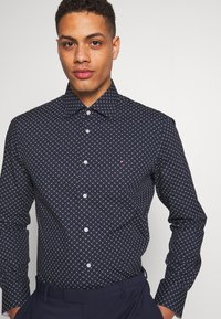 Tommy Hilfiger Tailored - CLASSIC SHIRT - Camicia - blue - 3