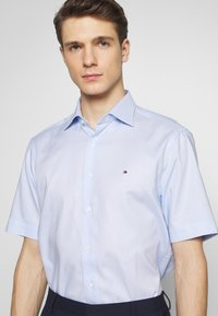 Tommy Hilfiger Tailored - DOBBY CLASSIC - Camicia - blue - 4