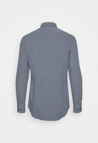 Tommy Hilfiger Tailored - MICRO PRINT CLASSIC SLIM - Camicia elegante - blue - 1