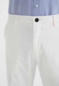 Tommy Hilfiger Tailored - Spodnie materiałowe - white - 3