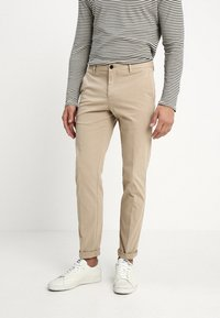 Tommy Hilfiger Tailored - STRETCH SLIM FIT PANTS - Chinos - beige - 0