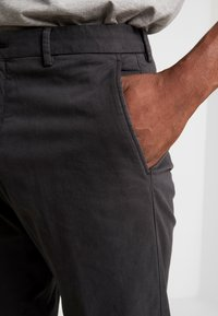 Tommy Hilfiger Tailored - PANTS - Chino - black - 5