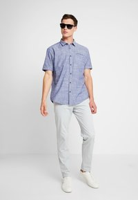 Tommy Hilfiger Tailored - PANTS - Chinosy - grey - 1
