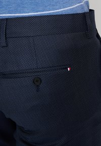 Tommy Hilfiger Tailored - FLEX STRUCTURE PANTS - Tygbyxor - blue - 5