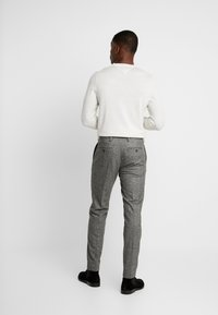 Tommy Hilfiger Tailored - BLEND PANTS - Broek - grey - 2