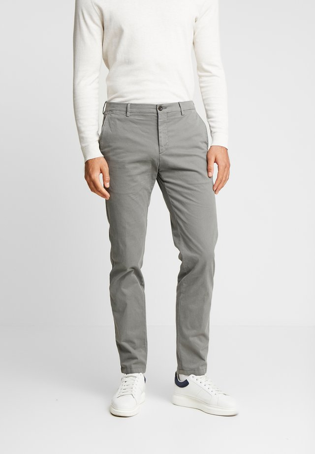 SLIM FIT FLEX PANT - Stoffhose - grey