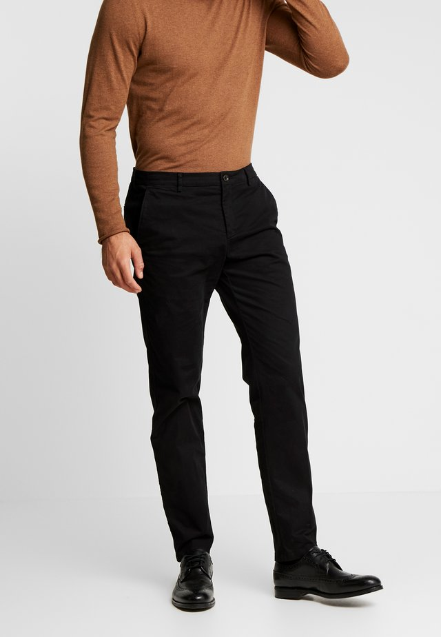 SLIM FIT FLEX PANT - Bukse - black