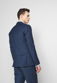 Tommy Hilfiger Tailored - SLIM FIT FAKE SOLID SUIT - Garnitur - blue - 3
