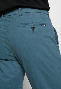 Tommy Hilfiger Tailored - STRETCH SLIM FIT PANTS - Pantaloni - blue - 3