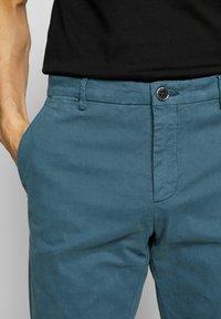 Tommy Hilfiger Tailored - STRETCH SLIM FIT PANTS - Pantaloni - blue - 5