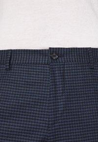 Tommy Hilfiger Tailored - GINGHAM CHECK SLIM FIT PANT - Pantaloni - black - 6
