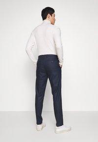 Tommy Hilfiger Tailored - GINGHAM CHECK SLIM FIT PANT - Pantaloni - black - 2