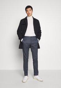 Tommy Hilfiger Tailored - FLEX MICRO STRIPE SLIM FIT PANT - Pantaloni - blue - 1