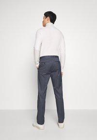 Tommy Hilfiger Tailored - FLEX MICRO STRIPE SLIM FIT PANT - Pantaloni - blue - 2