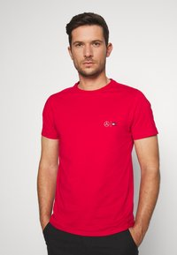 Tommy Hilfiger Tailored - TOMMY X MERCEDES-BENZ - T-shirt basique - red - 4