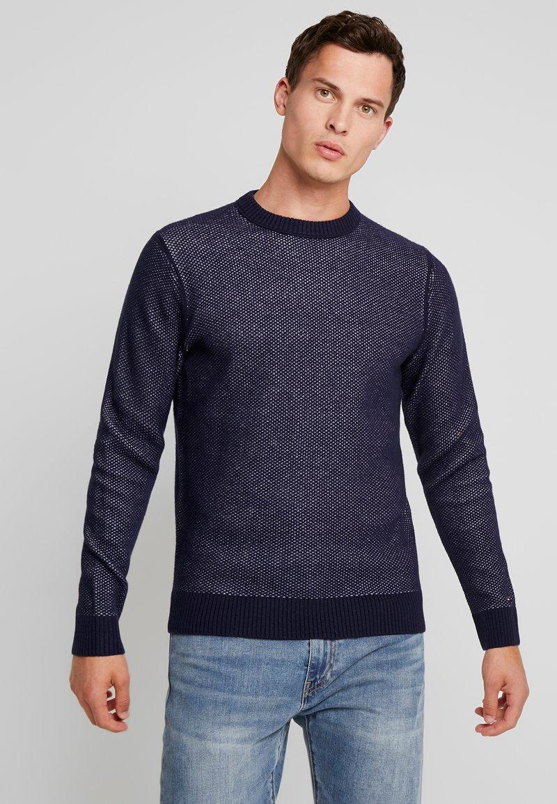 Tommy Hilfiger Tailored - HONEYCOMB TEXTURED CREW NECK - Jersey de punto - blue