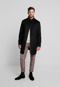 Tommy Hilfiger Tailored - STAND UP COLLAR OVERCOAT - Classic coat - black - 1