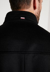Tommy Hilfiger Tailored - STAND UP COLLAR OVERCOAT - Classic coat - black - 5